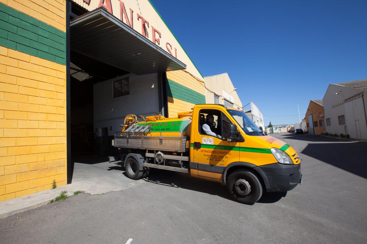 camion cuba en valencia